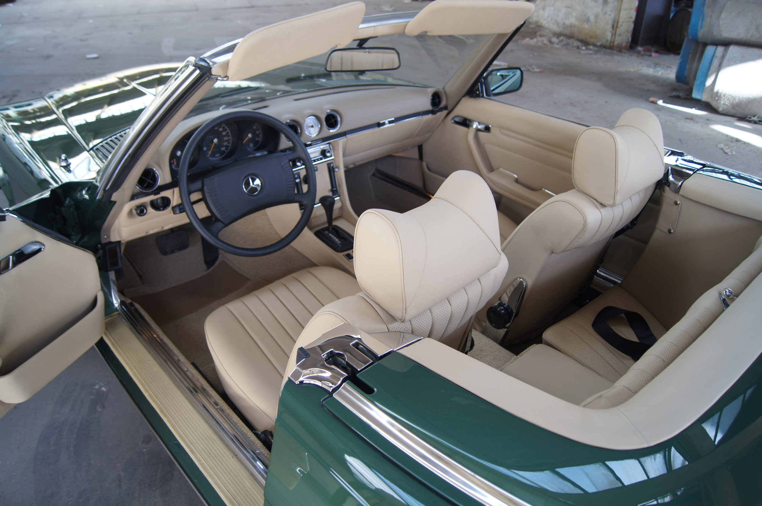Mercedes-Benz SL R 107 Lederinnenausstattung