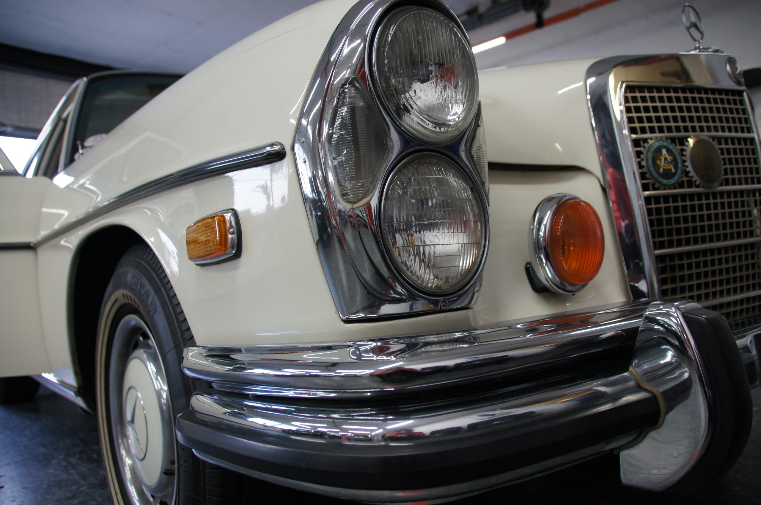 Mercedes-Benz 280 SEL 4.5 Lederausstattung