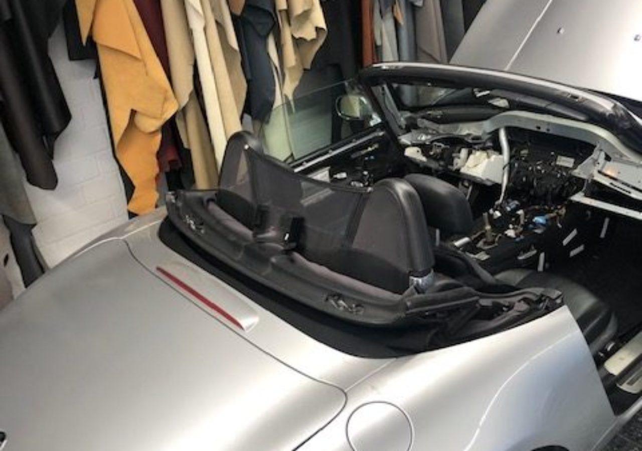 Teilerneuerung der Lederausstattung BMW Z8