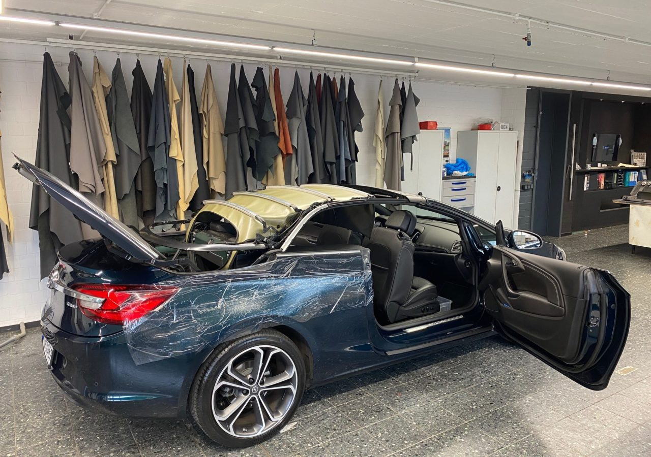 Cabrioverdeck Opel Cascada Autosattlerei Rose aus Dortmund