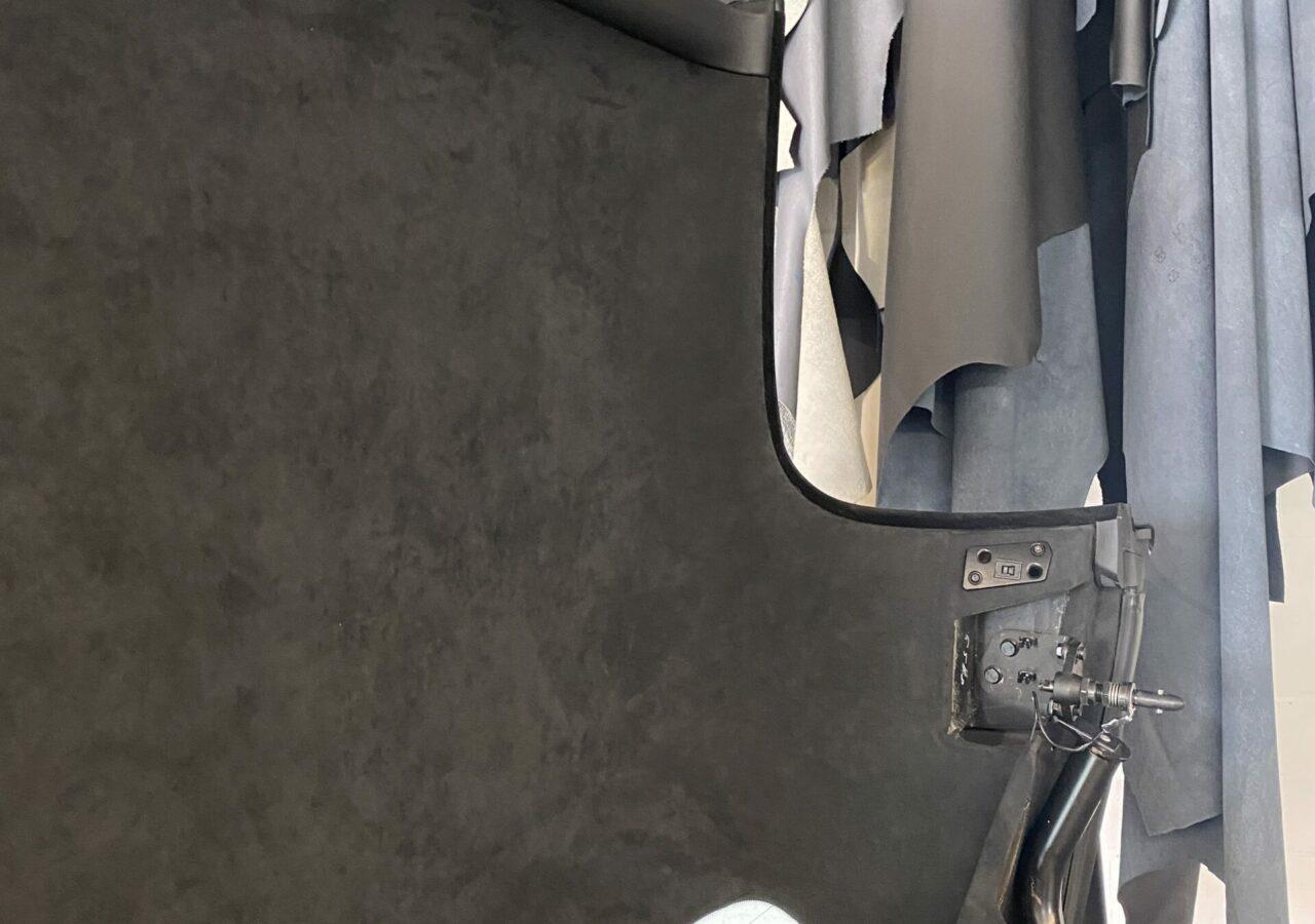 BMW Z8 Alcantra Himmel